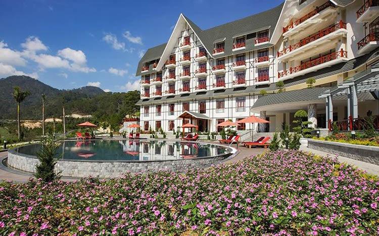 khách sạn gần Hồ Tuyết Lâm