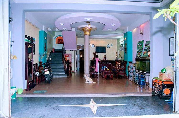 khách sạn trên đường Trần Phú